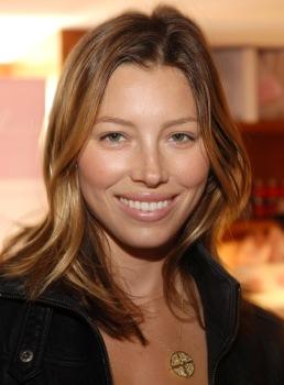 Jessica Biel Wears Tacori www.tacori.com