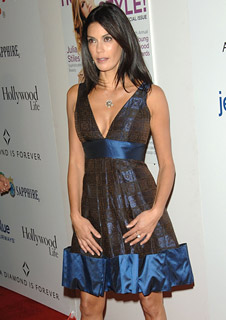 Teri Hatcher Wears Tacori!